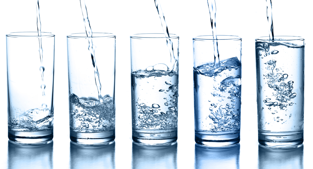 فوائد وأضرار المياه القلوية